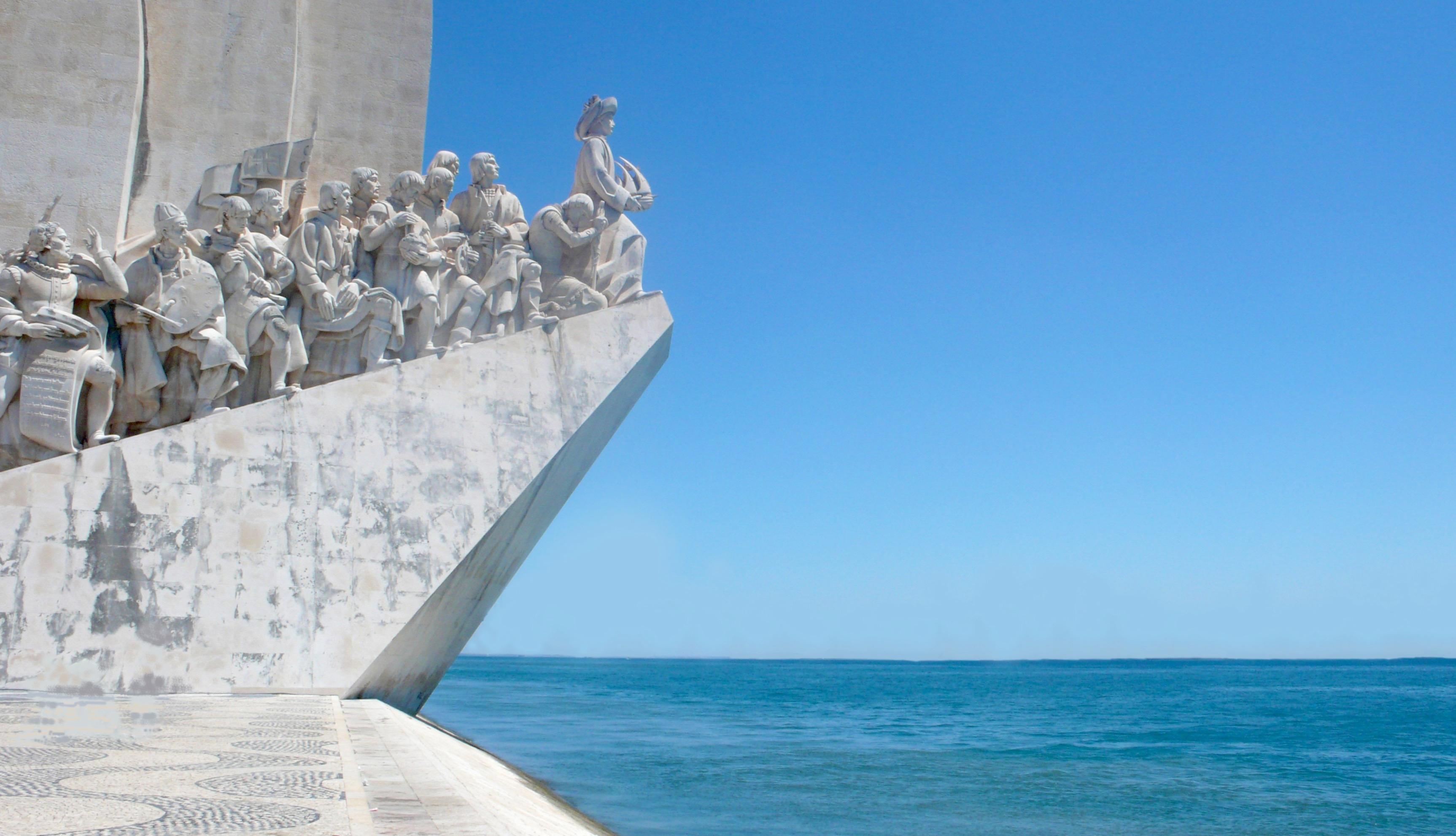 Du quai de Belém à Lisbonne partait les explorateurs du XVème siècle vers les nouveaux mondes. Publicom vous invite à en découvrir de nouveaux.